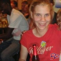 Girls Love Girls Member cindel_11 is Bi-sexual,  29 jaar oud en afkomstig uit