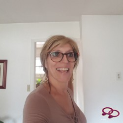 Girls Love Girls Gebruiker Ellengrl is Bi-Curieus, 64 Virginia