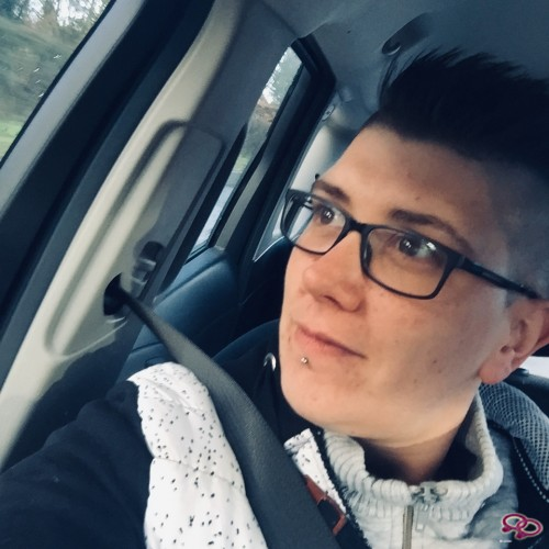 Girls Love Girls Member Lesbojessie is Lesbian and 33 years old