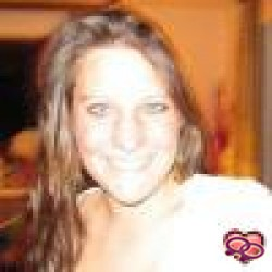 Girls Love Girls Member myrtje is Straight and 32 years old