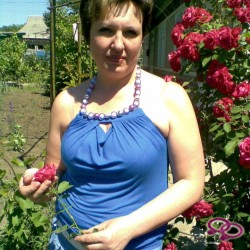 Girls Love Girls Member Sharon is Lesbisch,  33 jaar oud en afkomstig uit  Gelderland