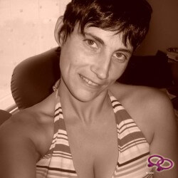 Girls Love Girls Member roosje is Bi-Curious, 44 years old and comes from Belgium