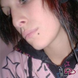 Girls Love Girls Member angel91_ is Lesbian,  29 jaar oud en afkomstig uit