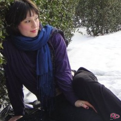 Girls Love Girls Member Maylin is Bi-Sexual and 27 years old