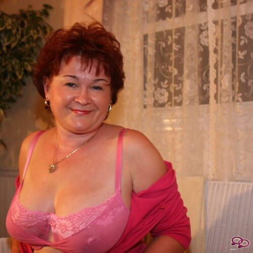 Girls Love Girls Member auroralove8523 is Lesbian and 54 years old